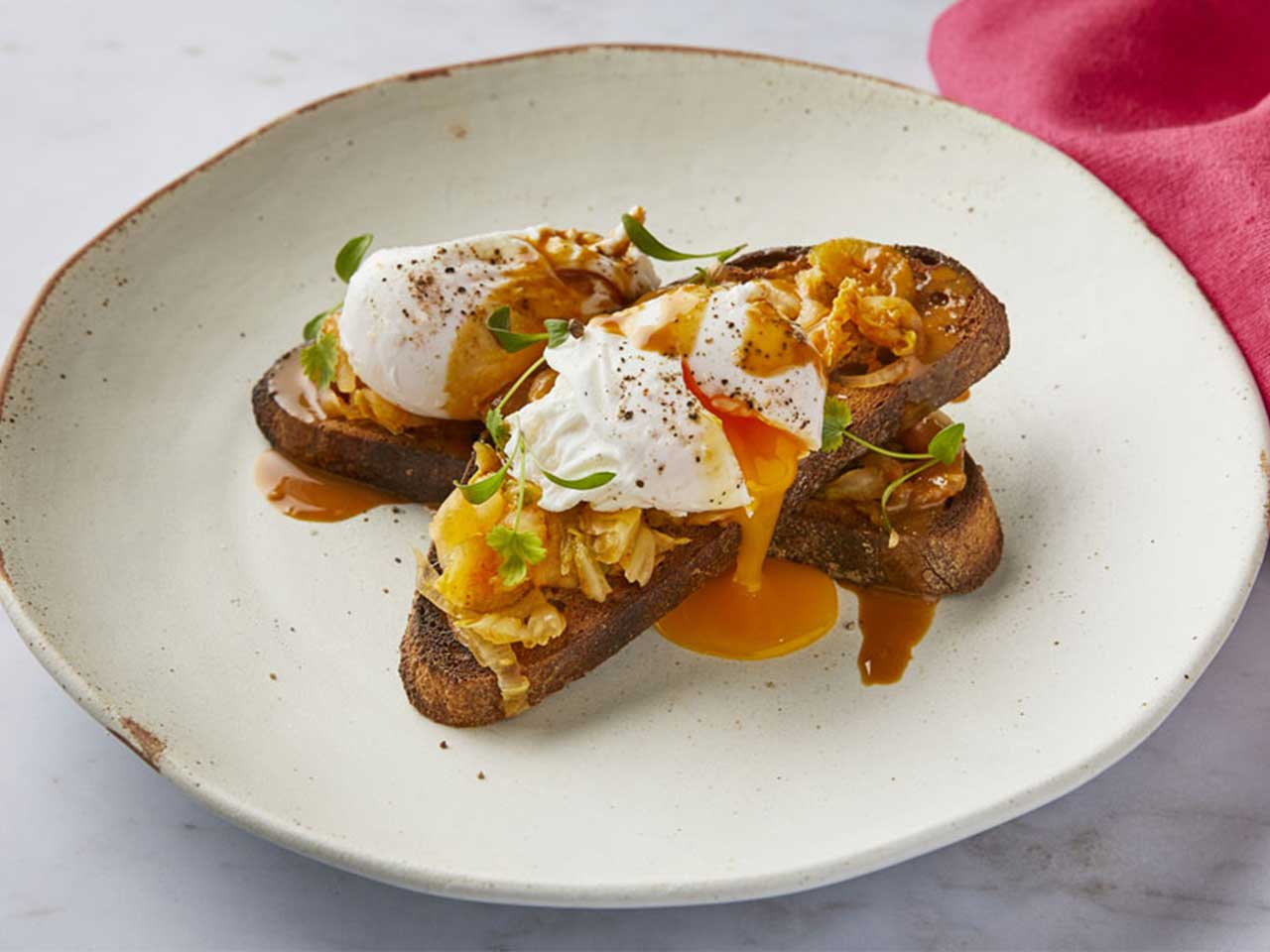Poached eggs and kimchi